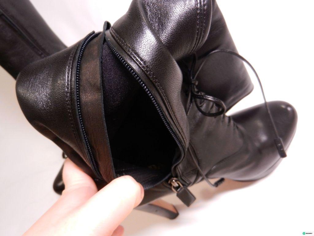c51b2324d5e3 Полусапоги от Prada. Материал  Кожа Детали внутри кожа, подошва из кожи и  резины. Размер 38 5 (также подойдет 38) Высота каблука  13 см.