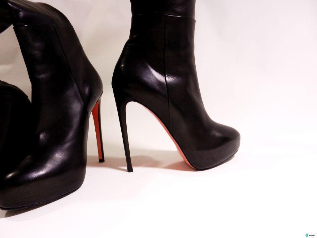 Черные ботфорты Blumarine