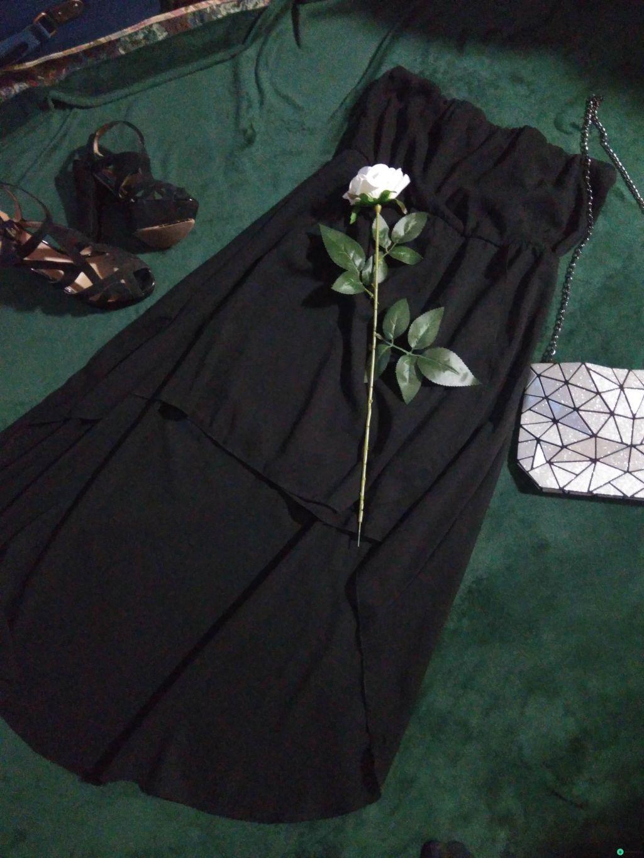 Платье без лямок, коктейльное
