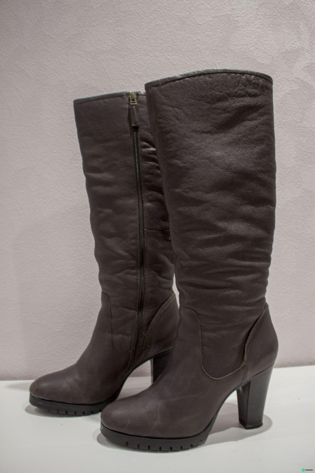 Зимние сапоги на каблуке bruno premi