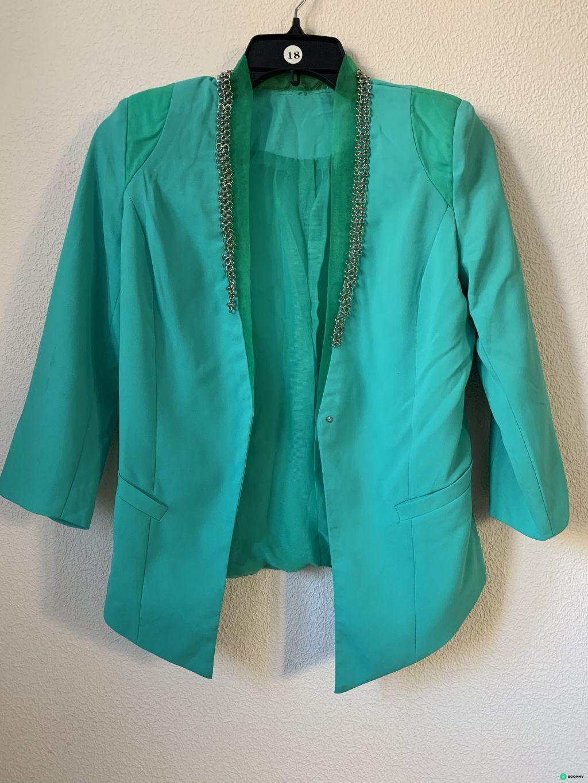 Пиджак зеленый