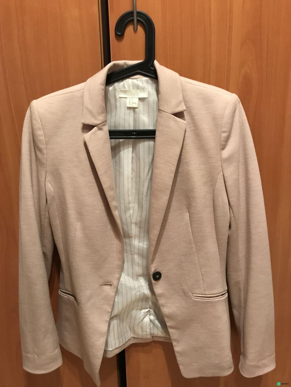 Пиджак H&M в отличном состоянии
