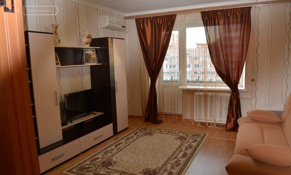 3-комнатная квартира: Ростов-на-Дону, микрорайон Западный, улица Жмайлова, 19 (70 м²)