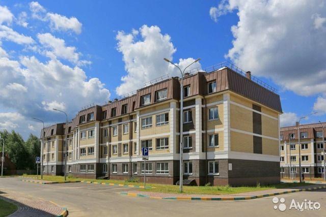 2-к квартира, 64 м², 2/4 эт.