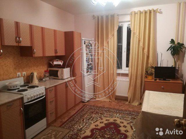 2-к квартира, 60 м², 13/18 эт.