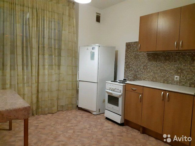 1-к квартира, 42 м², 10/21 эт.