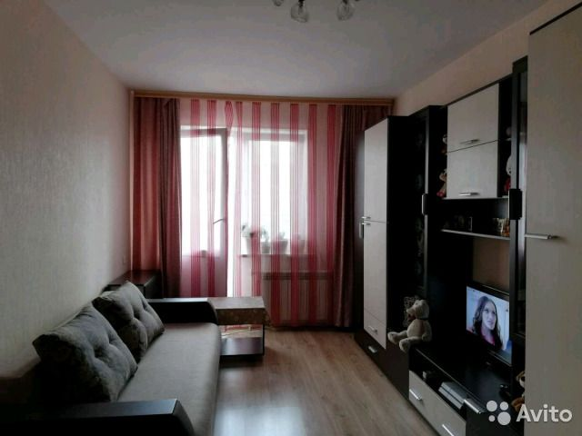 1-к квартира, 37 м², 1/2 эт.