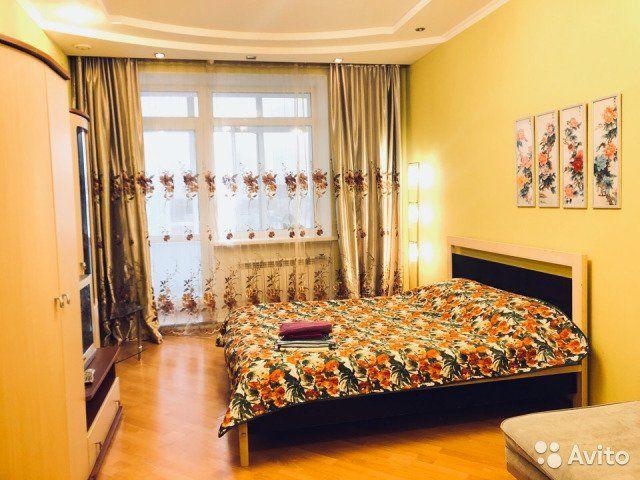 1-к квартира, 52 м², 8/10 эт.