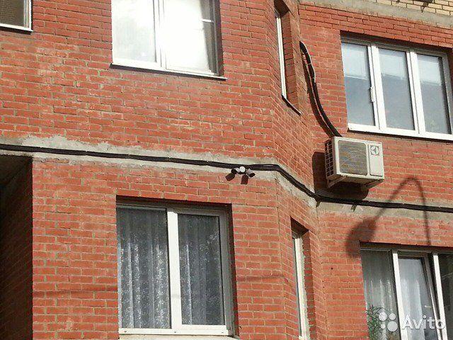 2-к квартира, 64 м², 1/17 эт.