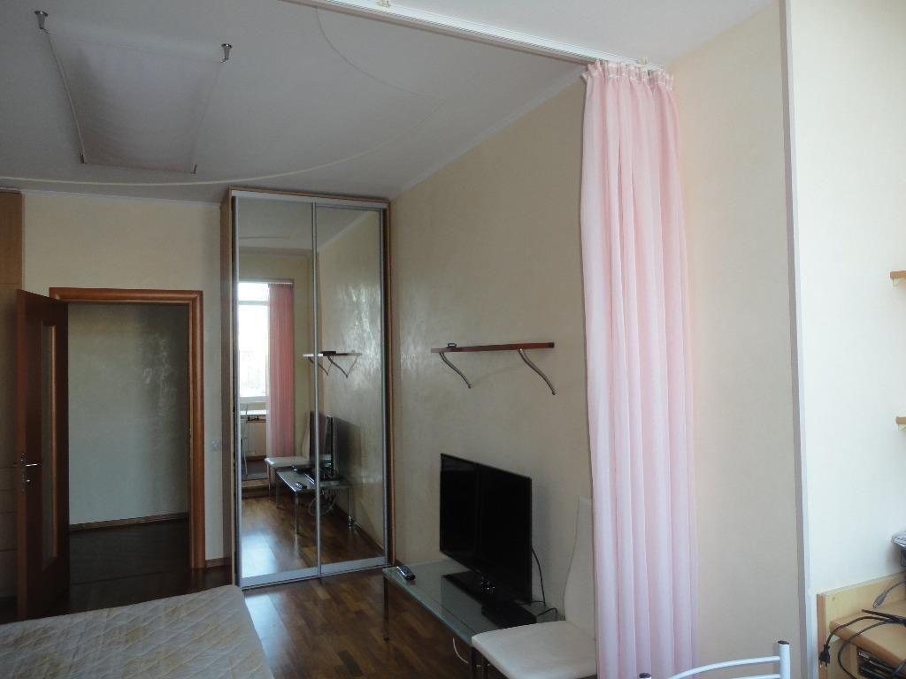 Квартира, 4 комнаты, 170 м²