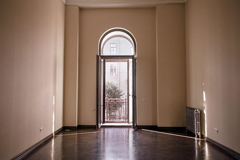 1-комнатная квартира (68.4 м²)