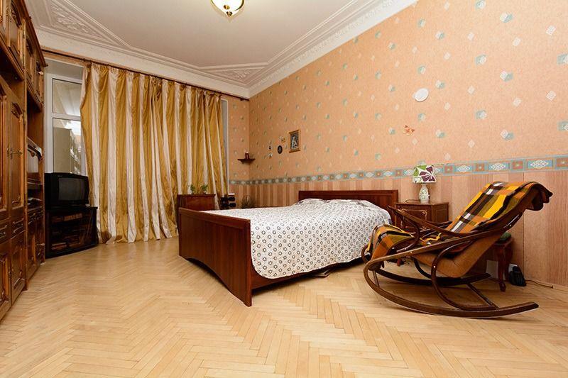 5-комнатная квартира (129.6 м²)