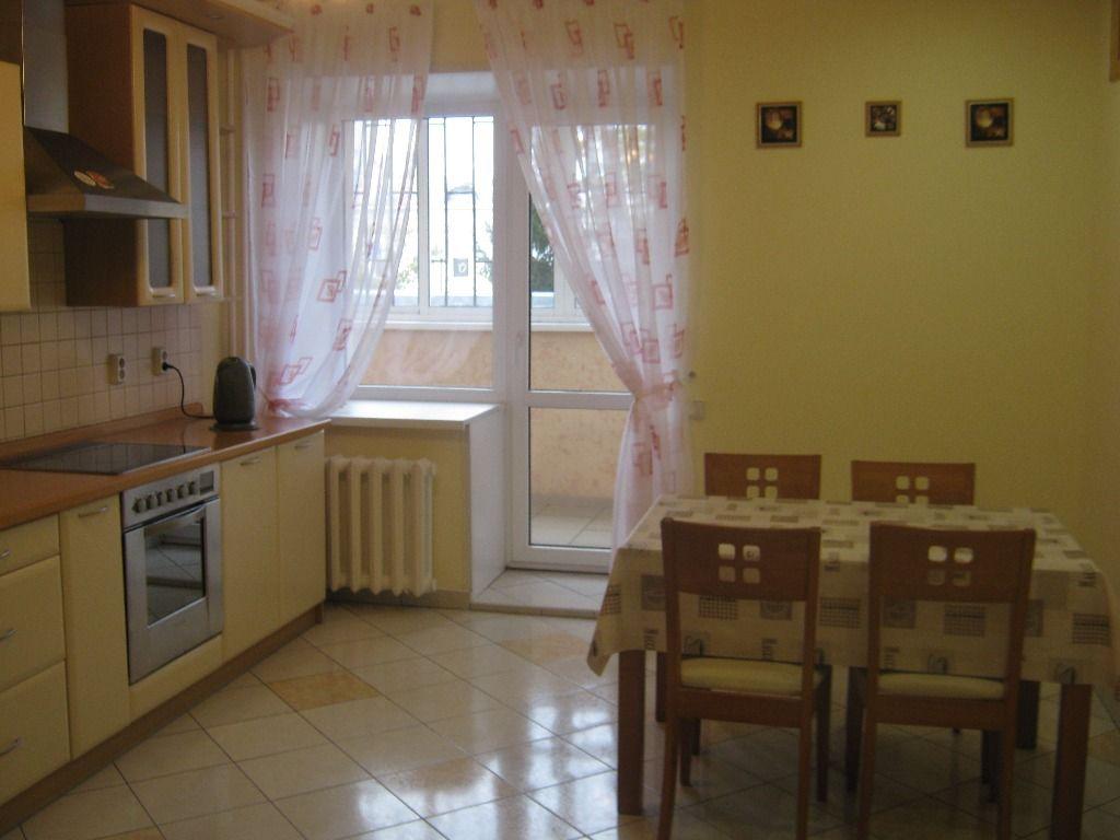 4-комнатная квартира (120 м²)