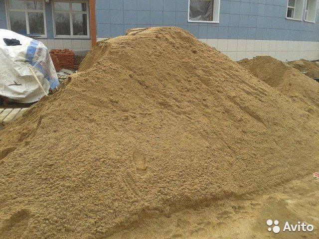 Щебень. Песок Пгс/ Чернозем. Перегной. Грунт